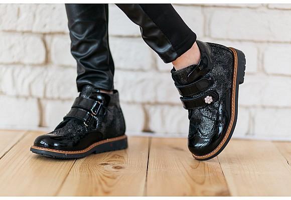 Нужная и важная ортопедическая детская обувь.