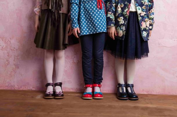 Девочка обута в детские туфли ортопедические Woopy Orthopedic синие (2171) Фото 1
