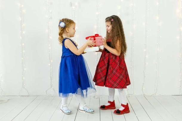 Девочка обута в детские туфли ортопедические Woopy Orthopedic красные (3378) Фото 1