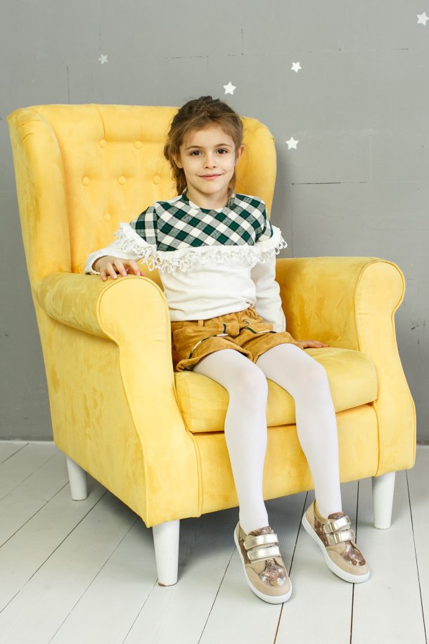 Девочка обута в детские кеды Woopy Orthopedic золотые,бежевые (3402) Фото 2