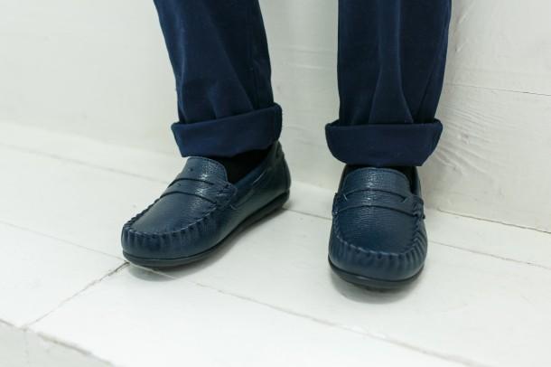 Мальчик обут в детские мокасины Woopy Orthopedic темно-синие (3428) Фото 1