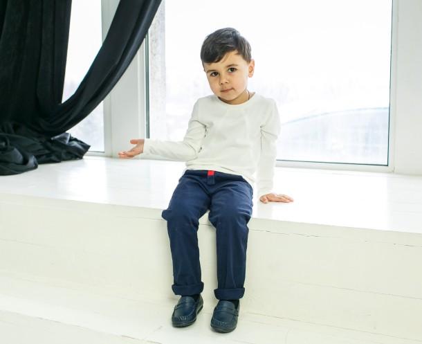 Мальчик обут в детские мокасины Woopy Orthopedic темно-синие (3428) Фото 2