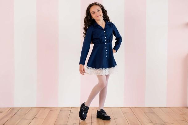 Девочка обута в детские туфли Woopy Orthopedic темно-синие (3676) Фото 1