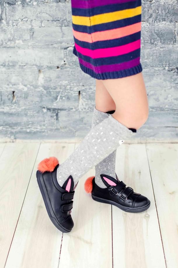 Девочка обута в детские кеды Woopy Orthopedic черные (3726) Фото 2