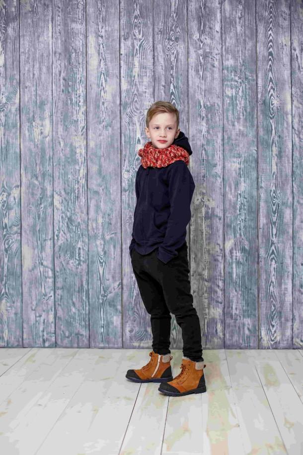 Мальчик обут в детские зимние ботинки на меху Woopy Orthopedic рыжие (3887) Фото 1