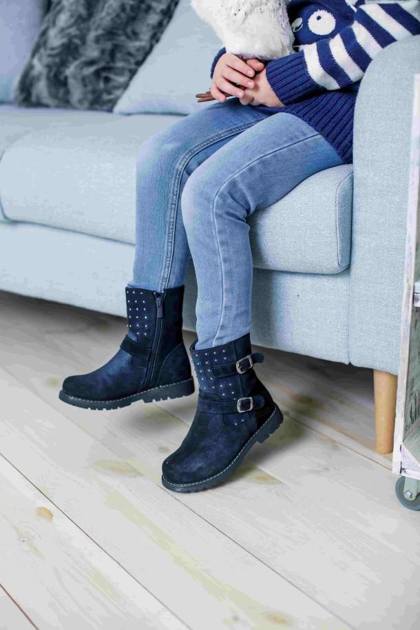 Девочка обута в детские зимние сапожки на меху Woopy Orthopedic синие (3938) Фото 2