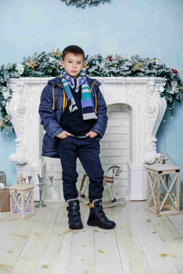 Мальчик обут в детские зимние ботинки на меху Woopy Orthopedic синие (3941) Фото 1