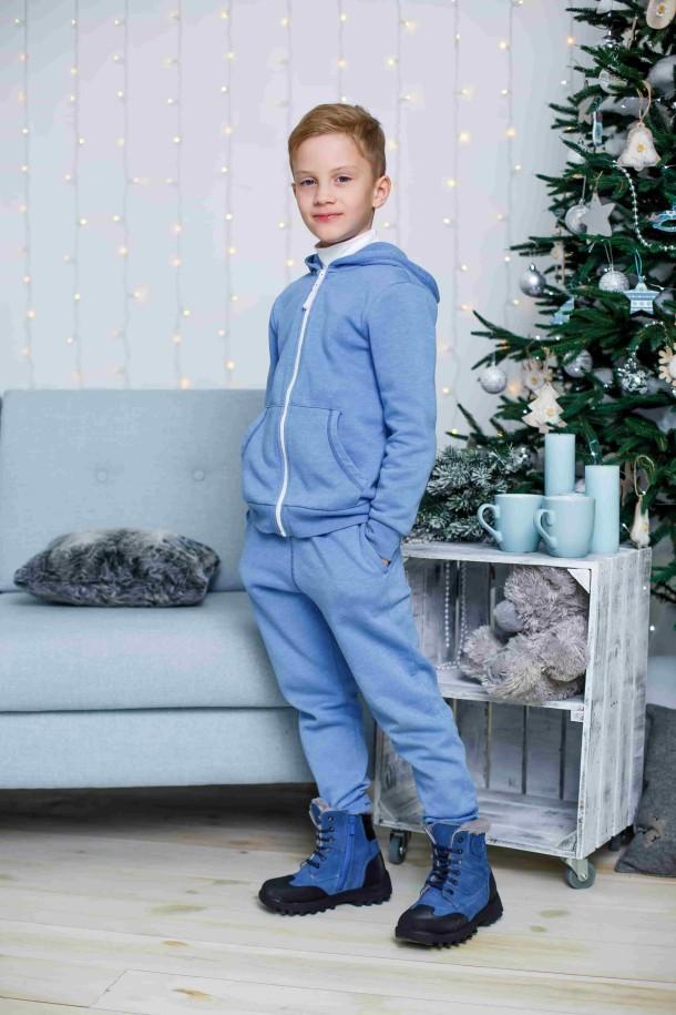 Мальчик обут в детские зимние ботинки на меху Woopy Orthopedic голубые (3945) Фото 1