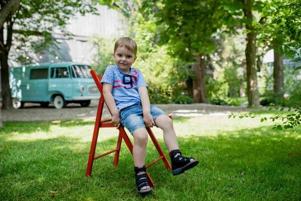 Мальчик обут в детские ортопедические босоножки (с высоким берцем) Woopy Orthopedic синий (4053) Фото 1