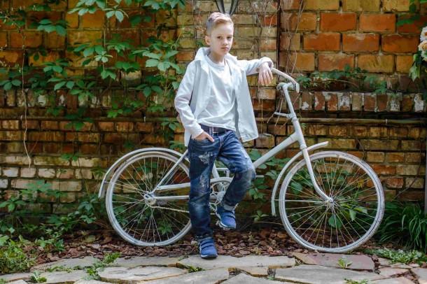 Мальчик обут в детские кроссовки Woopy Orthopedic голубые (4194) Фото 1
