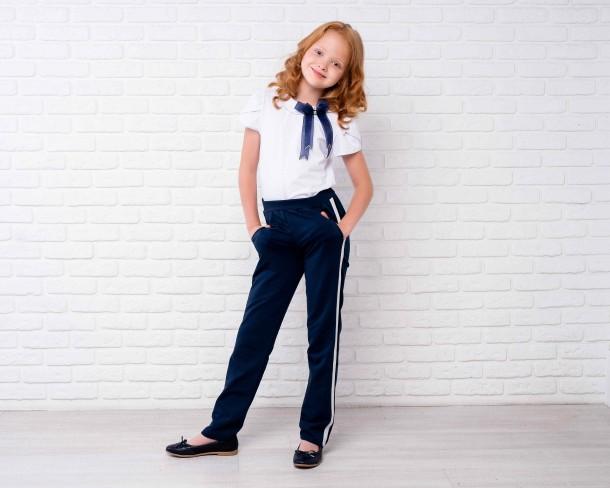 Девочка обута в детские туфли Woopy Orthopedic синие (4213) Фото 1