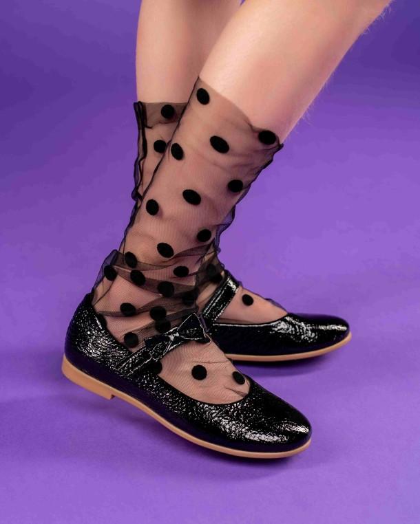 Девочка обута в детские туфли Woopy Orthopedic черные (4248) Фото 1