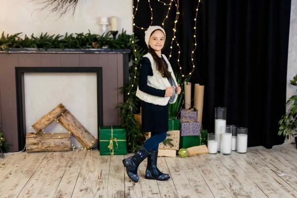 Девочка обута в детские зимние сапоги на меху Woopy Fashion синие (4487) Фото 1