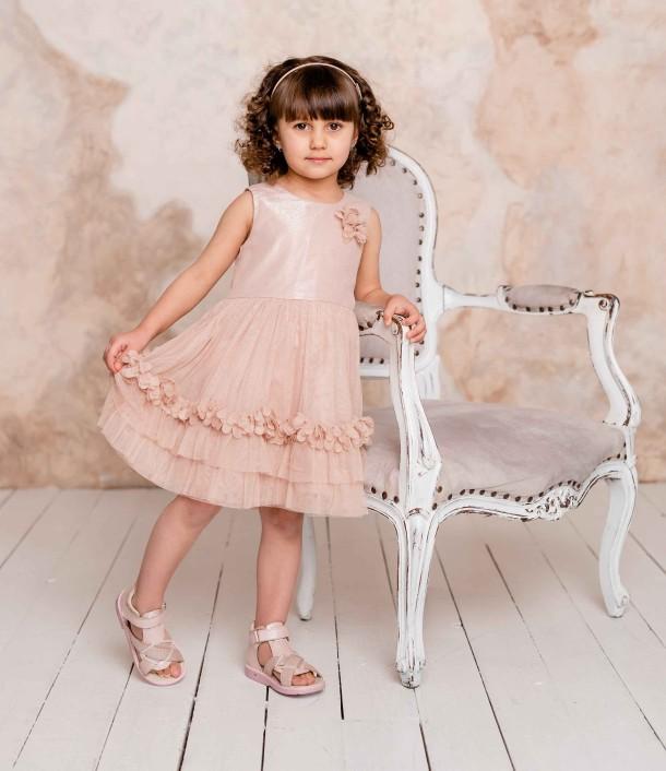 Девочка обута в детские босоножки Woopy Orthopedic розовые (5002) Фото 1