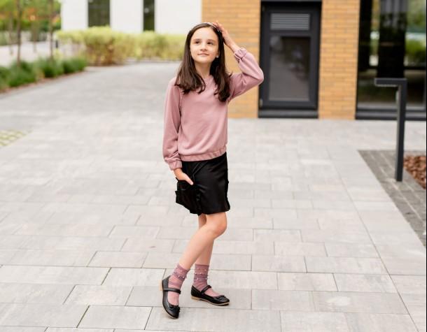 Девочка обута в детские туфли Woopy Fashion черные (5014) Фото 1