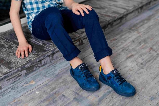 Мальчик обут в детские кеды Woopy Fashion синие (5078) Фото 2