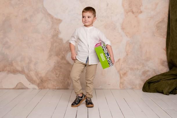Мальчик обут в детские кеды Woopy Fashion серые (5083) Фото 1