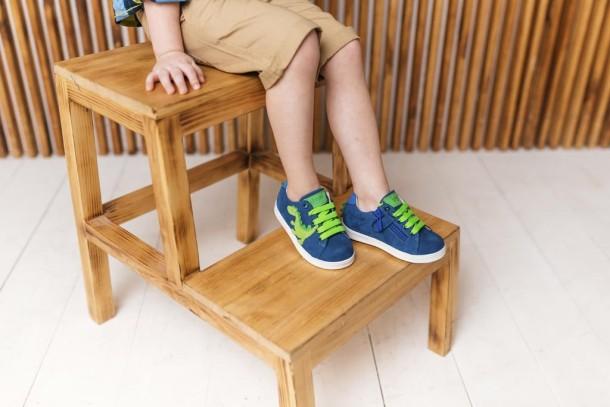 Мальчик обут в детские кеды Woopy Fashion синие (5161) Фото 2