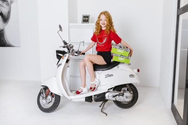 Девочка обута в детские босоножки Woopy Fashion белые,красные (5169) Фото 2