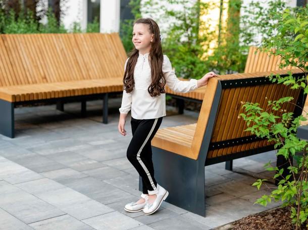 Девочка обута в детские туфли Woopy Orthopedic белые (7011) Фото 1