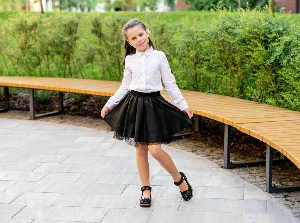 Девочка обута в детские туфли Woopy Orthopedic черные (7034) Фото 2