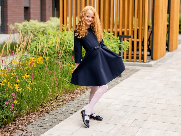 Девочка обута в детские туфли Woopy Fashion синие (7041) Фото 2