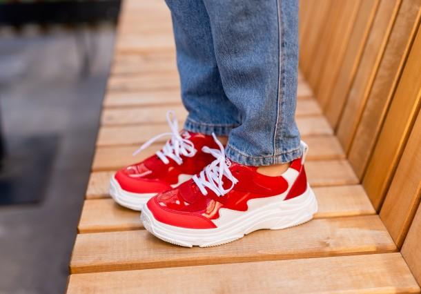 Девочка обута в детские кроссовки Woopy Fashion белые,красные (7080) Фото 2