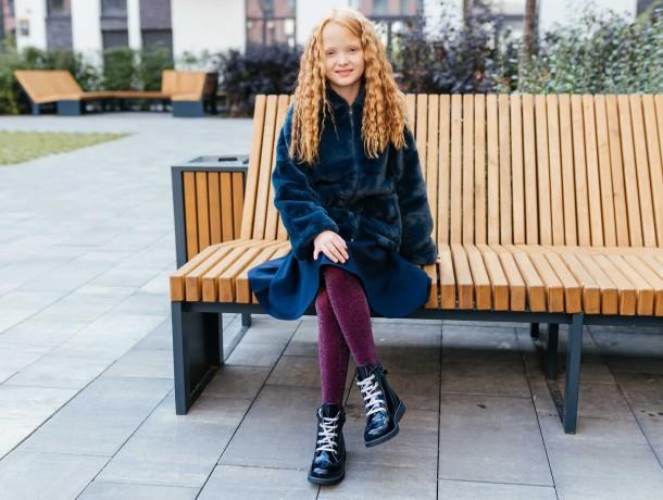 Девочка обута в детские демисезонные ботинки Woopy Orthopedic синие (7095) Фото 2