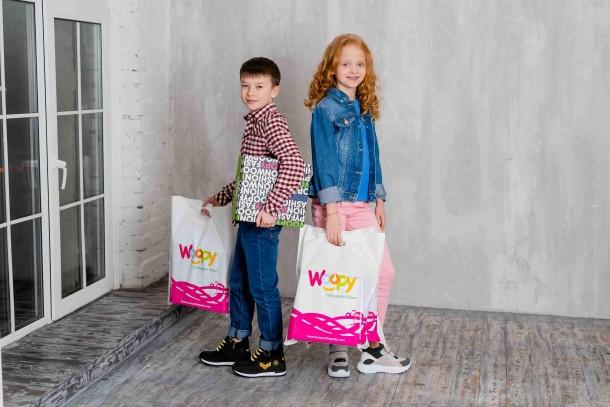 Девочка обута в детские демисезонные ботинки Woopy Fashion серые (7130) Фото 2
