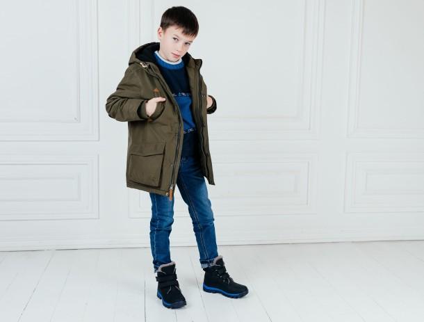 Мальчик обут в детские зимние ботинки на меху Woopy Fashion темно-синие (7172) Фото 2