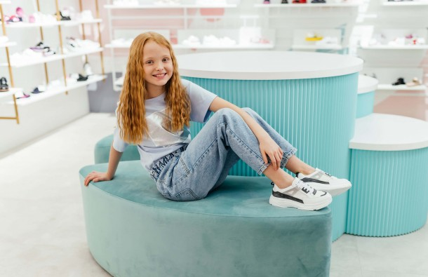 Девочка обута в детские кроссовки Woopy Fashion белые (8086) Фото 2
